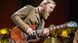 Derek Trucks Offers Up A Tribute Fit For A King In Honor Of His ... Warren Haynes Derek Trucks To Exit Allman Brothers Band 18yearold Ponders The Influence Of Jimi Hendrix Derek Trucks Amazing Solos Compilation Part 4 Rock Influences Watkins Tedeschi Happy And Soful A Hometown Inaugural Concert Honoring Gregg 090216 Beneath A Desert Sky Upcoming Shows Tickets Reviews More Hittin The Web With Talks Losses Of Col Bruce Butch Along With