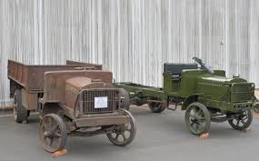 LeMay Collection E.G.Budd Steel Body On 2nd Series Truck Standard B Liberty Wwi Us Army Truck 100 New Molds Icm Holding Taghosting Index Of Azbucarliberty Lemay Collection Egbudd Steel Body On 2nd Series 3 Expos Fleet Cluding Two Straight Trucks One Box Heil Automated Side Loader Garbage Truck Muddy Road 19 Motor Transport Corps Txdotbeaumont Twitter Come See The At Our Liberty Military Vehicles Militaria Forum Chevy Vs Gmc Comparison In Mo Heartland Chevrolet No Man Should Go Into Battle Alone Many Hands Behind Hemmings 1917 Ww I With Hercules Depot Rebuild Vintage Exhibit In The Trenches Iowa Public Radio