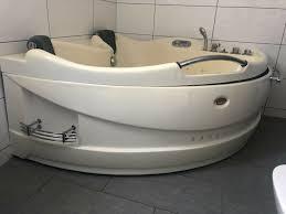 whirlpool badewanne bad wc toalette badezimmer