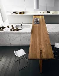 plan de travail cuisine marbre plan de travail marbre pour une cuisine pleine de caractère