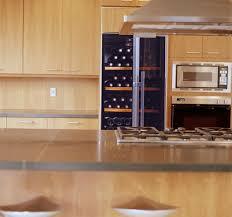 vin cuisine cuisine l 39 lectrom nager cuisine avec cave a vin