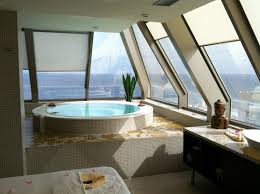 schlafzimmer mit whirlpool in 50 traumhaften wohnideen