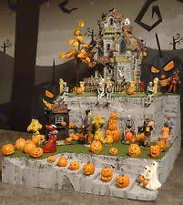 Lemax Halloween Village Displays by 228 Best Christmas Halloween Village Lemax And Dept 56 Images On