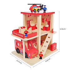 Theres A Range Of Different Playsets And Figures Available We Received Sofia Ruby And Jade As Individual Figures Plus The Royal Prep Art Class And Dolls Clothes Smyths Toys