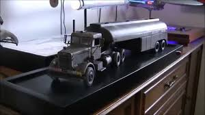 The Duel Truck & Tanker Trailer 1:25th Scale Model