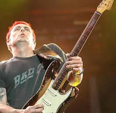 Mike Mccready Pearl Jam 59 Fender Strat