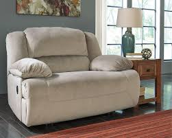 Hogan Mocha Reclining Sofa Loveseat by Amazon Com Ashley Furniture Signature Design Toletta Oversized