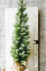 Artificial 5ft Long Needle Snow Pine Tree