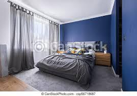 cobaltblaues schlafzimmer mit bett modernes kobaltblaues