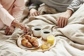Pioneering OOH Ikea serves breakfast in bed in trendy shoreditch
