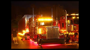 Semi Truck: Semi Truck Lights Httpwwwrgecarmagmwpcoentgallylcm_southern_classic12 1695527 Acrylic Pating Alrnate Version Artistorang111 Bat Semi Truck Lights Awesome Volvo Vnl 670 780 Led Headlights Fog Light Up The Night In This Kenworth Trucknup Pinterest Biggest Round Led And Trailer 4 Braketurntail Tail For Trucks Decor On Stock Photos Oukasinfo Modern Yellow Big Rig Semitruck With Dry Van Compact Powerful Photo Royalty Free Blue Design Bright Headlight And Flat Bed Image