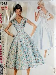 1950s Vintage Dress Pattern With Full Skirt Courtesy Of So Patterns