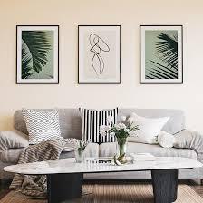 stilvolle palme blätter galerie wand in einem schönen