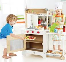 Hape Kitchen Set India by Hape Kitchen Set India 28 Images Hape Gourmet