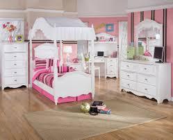Elmo Toddler Bed Set by Toddler Bedroom Furniture Fabulous Kids Bedroom Sets Kids Bedroom