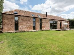 Old Hall Farm Barn (ref UKC2250) In Kerdiston, Near Norwich ... Furzey Hall Farm Ms Building Renovation Cotswold Stone Barn Old In Melton Constable Sfcateringtravel A Rustic Diy Barn Wedding Norfolk Kat Rob Glebe Farm Barn Wedding Norfolk Otographer Woodhead Willows Ref E4080 Cheadle Staffordshire Cto Kings Lynn Ttagescom 3 Barns Gimingham Islington Cottage Self Catering Sleeps 2 Eastgate North Elmham Youtube Barmer Syderstone Bed Property 900 Pcm