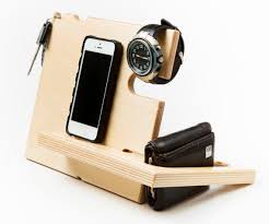Wooden Docking Stations iPhone 6 dock