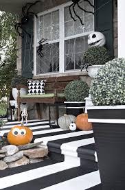 Stickman Death Living Room Walkthrough by Best 25 Halloween Front Porches Ideas On Pinterest Halloween