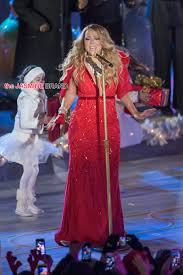 Rockefeller Christmas Tree Lighting Mariah Carey by Mariah Carey Gets Emotional Has Teary Eyed Meltdown During