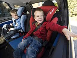 siege auto bebe 3 ans les enfants garderont leur siège auto jusqu à 12 ans swi