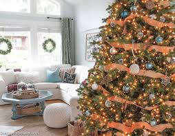 Come Tour This Christmas Living Room With Lots Of Natural And Rustic Vintage Touches As Well