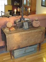 Primitive Living Room Furniture by Pin By Brigitte Briscoe On Decorating Pinterest Christmas 2017