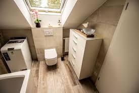 badezimmer mit dachschräge bad cioni rustikale badezimmer