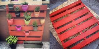 DIY Easy Vertical Pallet Garden