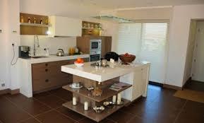 des gar輟ns dans la cuisine design peinture dans la cuisine caen 1319 18551224 basse photo