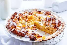 aprikosen brot pudding mit kokosguss