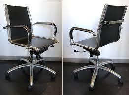 fauteuil de bureau charles eames et charles eames dans le gout de fauteuil de bureau de marque