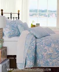 PAISLEY WAVES OF SEA GLASS COLOR AQUA BLUE TURQUOISE TEAL FLORAL