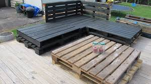 Diy Pallet Wood Deck Furniture Sofa And Table