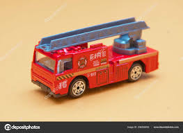 100 Fire Truck Power Wheels Red Toy Toy Engine Extinguishes Flaming House