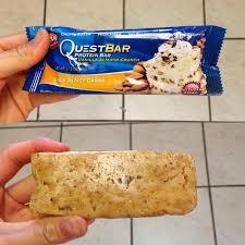 Vanilla Almond Crunch Quest Bar Review