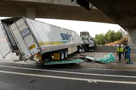 Driver Recounts Close Call After Big Rig Careens Off 118 Freeway And ...