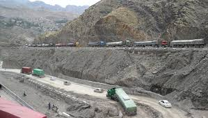 Container Trucks Stuck At Torkham Due To Slippery Roads - Daily Times Alexis Wainwright On Twitter Tons Of Vehicles Stuck In Psu This Offroad Desperately Tries To Tow A Poised Trucks Got Stuck Trucks Compilation 2016 Jeeps Deep Mud Youtube Dozens Semitrucks Stranded By Cold Weather Cditions Road Closures Bradleys Towing Recovery Wching Dodge Ram 2017 Cars And Engines Truck The Dump Bien Phong Pinterest Tractor Trailer Epic Highway Traffic Jam Ford Chevys Maybe Toyota Or 2wd Is Fun Until You Get Atleast Mud Cool Graphic