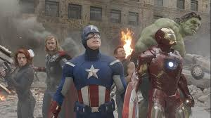 In The Avengers Infinity War Trailer Steve Rogers Chris Evans Makes His Return A Brand New Costume One That Looks Awfully Similar To Previous