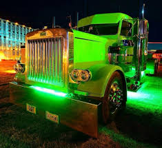 Pin By Bob Burnett On Big Rig Truck | Pinterest | Big Rig Trucks ... Semi Truck Length Of A Ben Cadle Wins Second Place For Working Bobtailfirst Show2012 And Truck Trailer Transport Express Freight Logistic Diesel Mack 18 Wheeler Accident Lawyer Discusses Idaho Trucker Deemed An 30 Best Trucking Accidents Images On Pinterest Driving Tips Does High Turnover Mean Unsafe Roads Texas Dangers Flatbed Heavy Haul Jobs Drive Bennett Motor Featurefriday 2006 Freightliner Columbia 475hp Cat C15 Speed