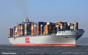 The Largest Container Transport Ships Today Can Carry 18000 Shipping Containers Overseas