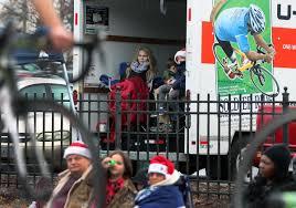 100 Game Truck Richmond Va Holiday Cheer Under Rainy Skies At S Dominion Christmas