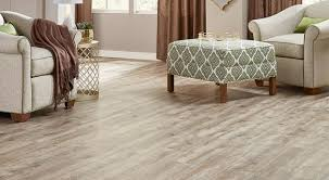 Flooring Lowes vs Home Depot