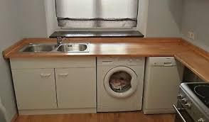 küche ikea arbeitsplatte spüle spülenschrank armatur weiß