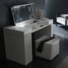 Vanity Set With Lights For Bedroom by Bedroom Vanity Sets Canada Home Design Ideas