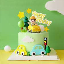 gelb suv auto mit jungen kuchen topper für jungen glücklich geburtstag backen dekoration dessert liefert