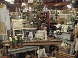 Round Barn Potting Company: Dreaming Garden Chic ~ Barn Style ... Lori Millers Round Barn Potting Company Backwinter Bliss Display Booth Pinspiration Website Pinterest Design Jeanne Darc Living Co Bohemian Vhalla 7 Cement Pumpkins Can You Say Creativity Vintage Hand Fixation Displays 2014 Loris Store Displays