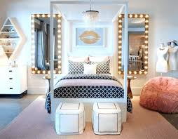 decoration chambre fille ado guirlande lumineuse deco chambre fille a comment la ado poufs lustre
