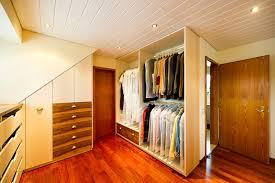 ankleideraum und schlafzimmer