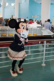 Disney Dream Deck Plan 10 by Best 25 Disney Cruise Ships Ideas On Pinterest Cruise Packing