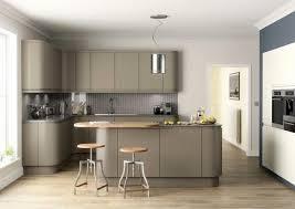 cuisine meubles blancs peindre meuble cuisine idee peinture cuisine meuble blanc dco ides
